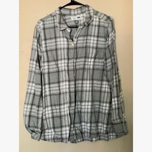 Old Navy gray and white plaid XL